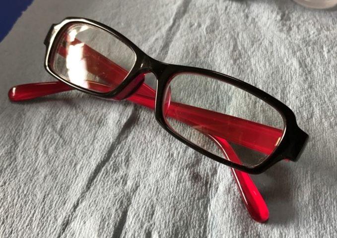 いつまでも新品同様の輝きを!貴方の大切なメガネ ガラスコーティングで復活します!